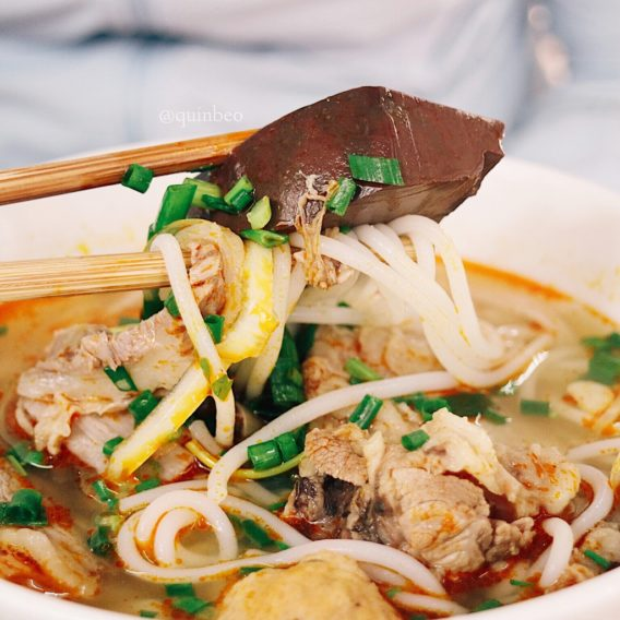TOP 5 Saigon Street Food and Where to Find them - Bun bo hue